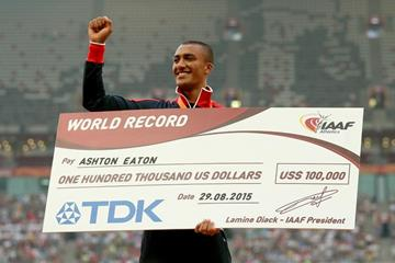 US decathlete Ashton Eaton with his world record bonus at the IAAF World Championships, Beijing 2015 (Getty Images)