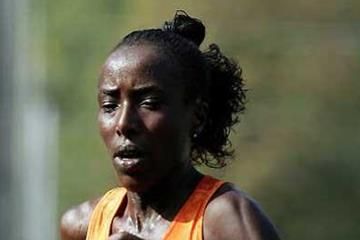 Lornah Kiplagat on the road in Debrecen (Getty Images)