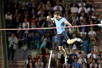 Renaud Lavillenie at the 2015 IAAF Diamond League final in Brussels (Giancarlo Colombo)