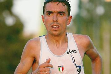 Italian distance runner Alberico Di Cecco (Getty Images)