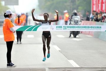 Peres Jepchirchir wins the Yangzhou Half Marathon (Organisers)