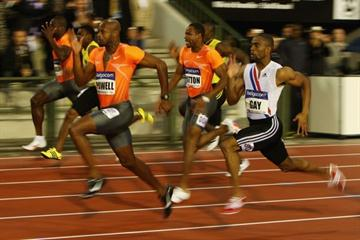 Asafa Powell beats Tyson Gay in the 100m with a time of 9.90 (Getty Images)