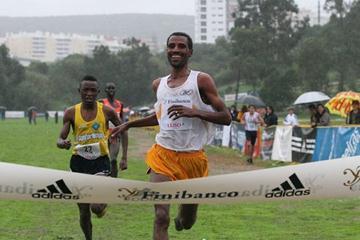 Gebregziabher Gebremariam en route to his victory in Oeiras (Marcelino Almeida)