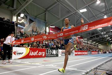 Dawit Seyaum winning the 2000m at the 2015 New Balance Indoor Grand Prix in Boston (Victah Sailer)