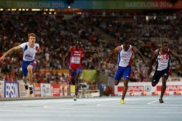 Christophe Lemaitre (l) takes the European 100m title in Barcelona (Getty Images)