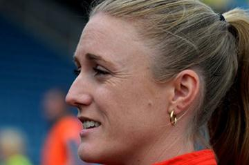Sally Pearson meets the press in London (Mark Shearman )