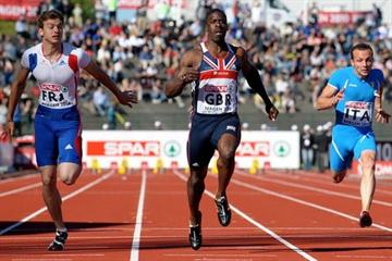9.99 victory for Dwain Chambers (c) in Bergen (Mark Shearman)