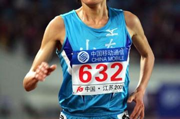 Xing Huina enroute to her 5000m win at the 10th Chinese National Games (Jiro Mochizuki-Agence SHOT)