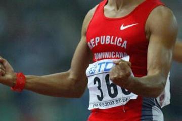 Felix Sanchez celebrates winning the 400m Hurdles gold medal (Getty Images)