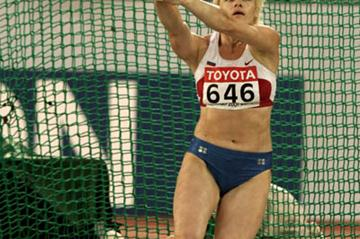 Olga Kuzenkova's winning throw (Getty Images)
