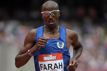 Mo Farah in the 5000m at the IAAF Diamond League meeting in London (Kirby Lee)