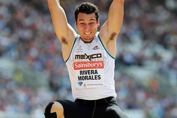 Mexico's Luis Rivera in action at the 2013 London Diamond League meeting (Getty Images)