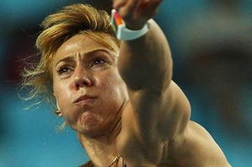Maria Abakumova of Russia competes on her way to victory in the women's javelin final during day seven (Getty Images)