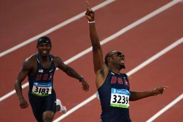 Angelo Taylor leads a US sweep in the 400m hurdles (Getty Images)