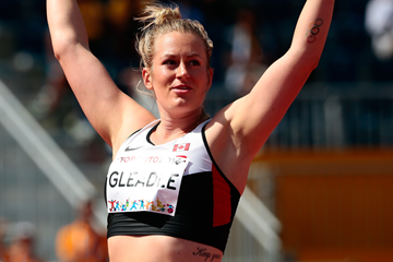 Liz Gleadle wins the javelin at the Pan American Games (Getty Images)