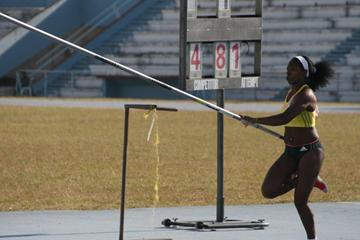 Yarisley Silva at the 2013 Cuban National Championships ( Reynier Batista)