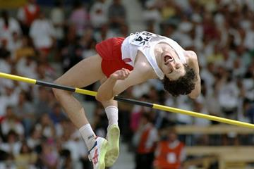 Artur Partyka at the 1993 IAAF World Championships (Getty Images)