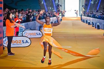 Racheal Mutgaa Abraraw winning 2016 Lodz Marathon (sportografia.pl / organisers)