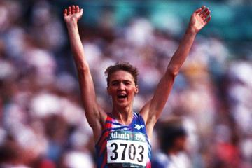 Yelena Nikolayeva wins at the 1996 Olympic Games (Getty Images)