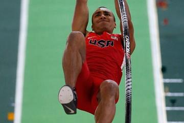 Ashton Eaton in the heptathlon pole vault at the IAAF World Indoor Championships Portland 2016 (Getty Images)