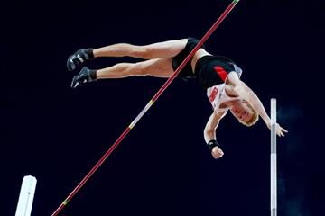 Shawn Barber in the pole vault final at the IAAF World Championships, Beijing 2015 (Getty Images)