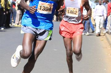 Abraham Chebii en route to his Half Marathon victory in Eldoret (David Macharia)