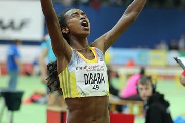 Genzebe Dibaba smashes the women's world indoor 1500m record at the 2014 Karlsruhe indoor meeting  (Gladys Chai von der Laage)