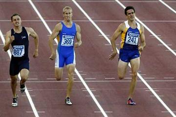 2004 Australian Champs men's 400m Final - Vincent, Hill and Dwyer (dsq); NB. Steffensen is out of the shot (Getty Images)