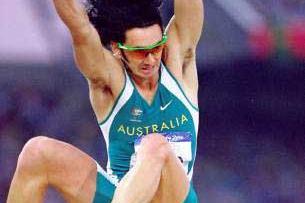 Men's long jump Jai Taurima (© Allsport)