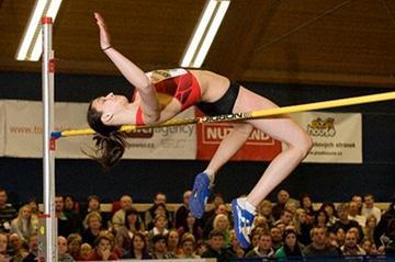Russia's Mariya Kuchina wins the high jump (Lukas Szlaur)
