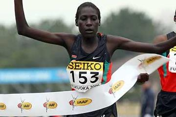 Pauline Korikwiang beats Kenyan team-mate Veronica Wanjiru - Women's Junior race (Getty Images)