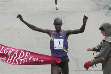 Josphat Menjo of Kenya wins the 2010 Belgrade Race Through History (race organisers)