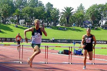 Piet Beneke wins the South African Youth 400m Hurdles title (Mark Ouma)