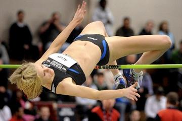 Amy Acuff collects her fifth national indoor title in Boston (Kirby Lee)