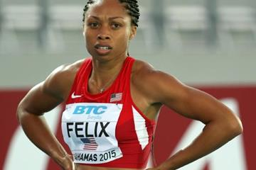 Allyson Felix in the 4x100m heats at the IAAF/BTC World Relays, Bahamas 2015 (Getty Images)