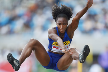 Tianna Bartoletta at the 2016 IAAF World Challenge meeting in Kawasaki (Getty Images)