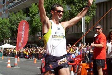 Francisco Javier Fernandez wins the 2008 Race Walking Challenge Final (Véronique Lauer)