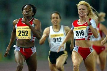 Mutola and Ceplak battle it out in Rome at 800m (Getty Images)