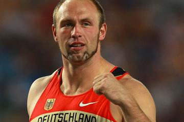 Robert Harting celebrates retaining his Discus Throw World Championships title (Getty Images)