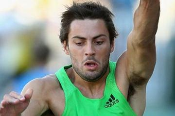 Mitchell Watt improves to 8.44m in Melbourne (Getty Images)