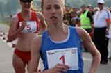 Olga Kaniskina holds off Melanie Seeger in the Krakow 10Km (Krakow organisers)