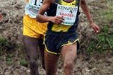 Zersenay Tadese battles in the mud of the Cinque Mulini with Thomas Longosiwa (Lorenzo Sampaolo)