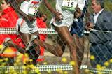 Maregu Tarefe Zewdie (16) leads the race in Seville (Juanjo Ubeda)