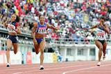Allyson Felix ahead of Christine Arron and Rachelle Boone-Smith in the 200m final (Getty Images)