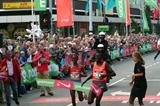 Moses Masai just holds off Charles Kamathi in the 25th edition of the 'Dam tot Dam' 10 Miles (Tom Metiary)