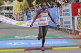 Peris Jepchirchir wins the 2015 Marseille-Cassis 20km (Michel Fisquet)