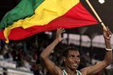 Kenenisa Bekele of Ethiopia celebrates winning the men's 10,000m final (Getty Images)