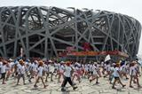 School children outside the Bird's Nest stadium with a week to go to the IAAF World Championships, Beijing 2015 (AFP / Getty Images)