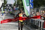 Silas Sang defends his half marathon title in Lisbon (Marcelino Almeida)