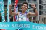 Hisanori Kitajima wins the Sydney Marathon (Organisers)